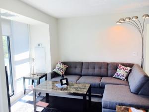 Executive 3 Bedroom Condo, Апартаменты  Торонто - big - 11
