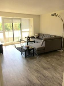 Executive 3 Bedroom Condo, Ferienwohnungen  Toronto - big - 14