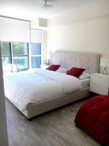 Executive 3 Bedroom Condo, Апартаменты  Торонто - big - 17