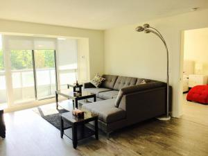 Executive 3 Bedroom Condo, Ferienwohnungen  Toronto - big - 22