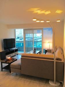 Executive 3 Bedroom Condo, Апартаменты  Торонто - big - 26