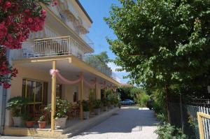 Hotel Perugini - AbcAlberghi.com