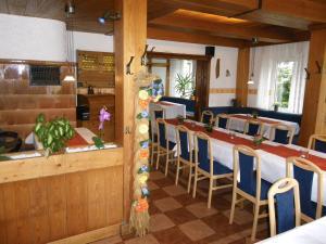 Gasthof zur Hochheide, Guest houses  Winterberg - big - 22