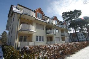 Ferienwohnung Ursula in der Villa zum Kronprinzen direkt gegenuber der Saarow Therme