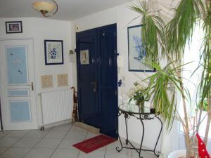 Location gîte, chambres d'hotes Le Refuge des Anges dans le département Aisne 2