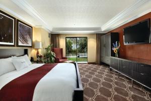 DoubleTree by Hilton Durango, Hotely  Durango - big - 1