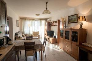 Apartment Lazareva, Apartments  Petrovac na Moru - big - 18