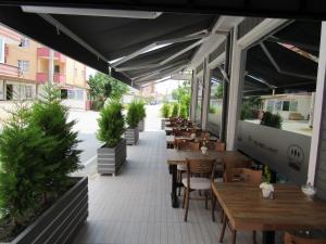 Koc Hotel, Hotely  Karasu - big - 57