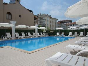 Koc Hotel, Hotely  Karasu - big - 52