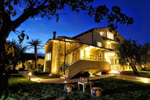 Villa Habib - Santa Maria