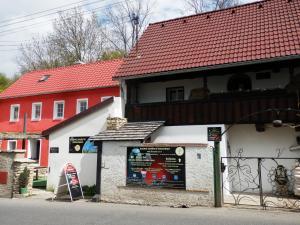 Namas Rodinné vinařství Mikulenkovi Velké Žernoseky Čekija
