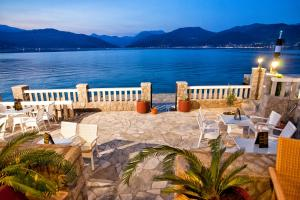 Rooms & Apartments Villa Romantica