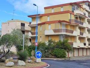 Apartment Les Cigalines, Apartmány  Narbonne-Plage - big - 12