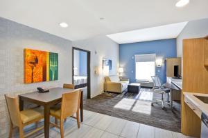 Home2 Suites By Hilton St. Simons Island, Hotels  St. Simons Island - big - 36