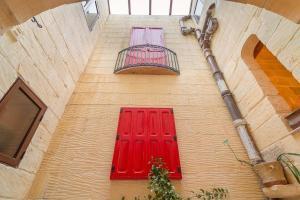 Holiday Farmhouse with Private Pool in Nadur Gozo, Prázdninové domy  Nadur - big - 23