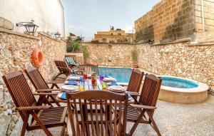 Holiday Farmhouse with Private Pool in Nadur Gozo, Prázdninové domy  Nadur - big - 33