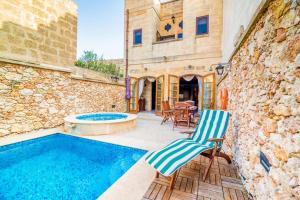 Holiday Farmhouse with Private Pool in Nadur Gozo, Prázdninové domy  Nadur - big - 20