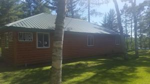 Eunica's Beaver Lodge - Accommodation - Mercer