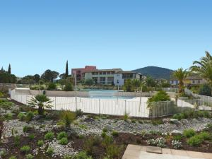 Apartment Golf de Roquebrune.1, Апартаменты  La Rouviere - big - 12