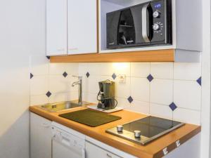 Apartment Port Guillaume.8, Apartmanok  Dives-sur-Mer - big - 16