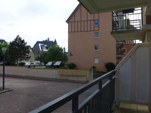 Apartment Port Guillaume.8, Apartmanok  Dives-sur-Mer - big - 17