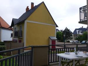 Apartment Port Guillaume.8, Apartmanok  Dives-sur-Mer - big - 19