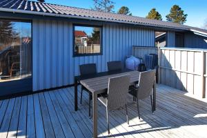 Juelsminde, Дома для отпуска  Sønderby - big - 12