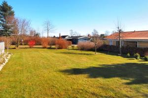 Juelsminde, Дома для отпуска  Sønderby - big - 10