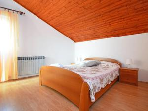 Apartment Maja, Ferienwohnungen  Brodarica - big - 5