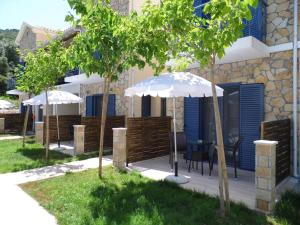 Ilianthos Apartments & Rooms - Athanion