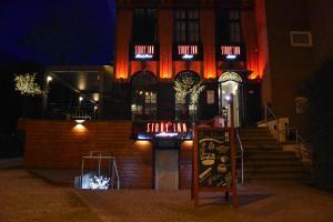 Story' Inn, 1180 Brüssel