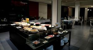Hotel Oriente, Отели  Сарагоса - big - 30