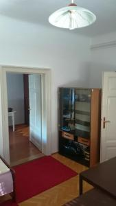 Ljubljana center apartment with free parking and WIFI