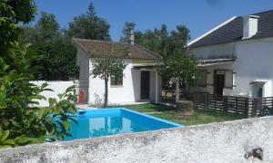 House Charneca Caparica near Beach