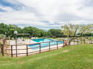 Locazione turistica Le Ginestre, Apartmanok  Vescovile - big - 45