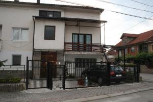 Albergues - House Krstanoski