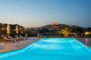Hostales Baratos - Moongarden Resort