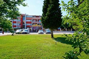 GT Sunny Fort Apartments, Apartments  Sunny Beach - big - 9