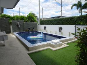 Luxury Private Pool Villa - Hnōhngkē