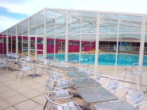Location gîte, chambres d'hotes Eté indien-hôtellerie de plein air dans le département Pas de Calais 62