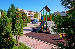 GT Sunny Fort Apartments, Apartments  Sunny Beach - big - 20