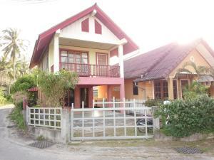 Village Beach House Phan 5, Nyaralók  Bangtau-part - big - 42
