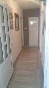 Apartment Haj Nehaj, Apartmány  Sutomore - big - 11