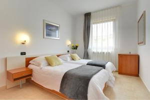 Apartments Nina, Apartmány  Rovinj - big - 18