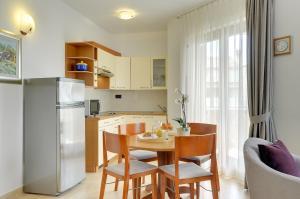 Apartments Nina, Apartmány  Rovinj - big - 28
