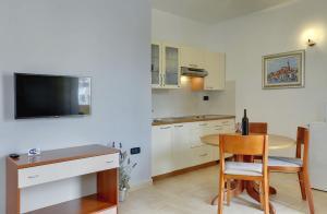 Apartments Nina, Apartmány  Rovinj - big - 6