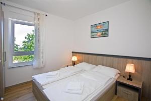 Apartments Maslina I