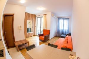Apartment Bolero
