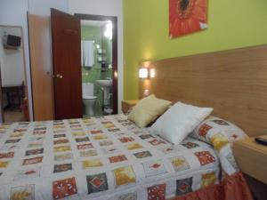 Pensión Añorga, Guest houses  San Sebastián - big - 23