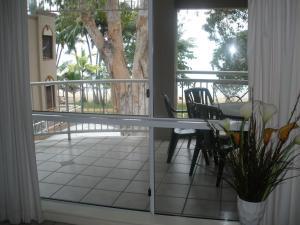 Marlin Waters Beachfront Apartments, Aparthotels  Palm Cove - big - 71